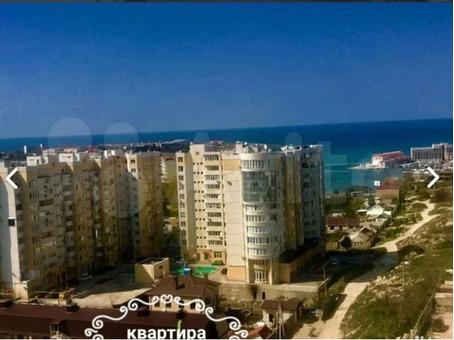 продам 2-хкомнатную у моря в Севастополе.