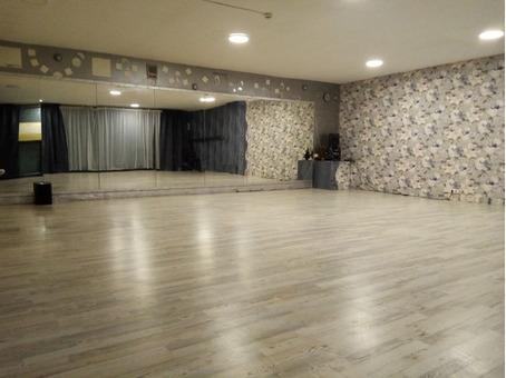 Почасовая аренда танцевального зала